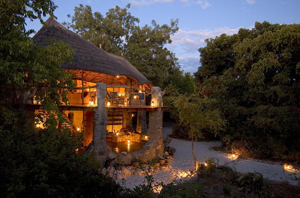 The exquisite design of Nkwichi Lodge.
