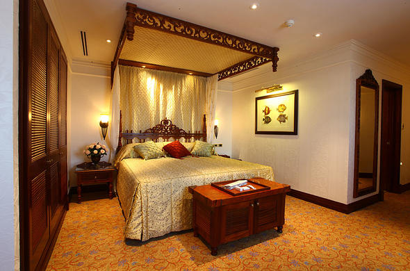 Guests can enjoy a peaceful stay in the Polana Serena Hotel bedroom.